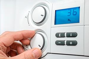 boiler-controls-close-up-379669